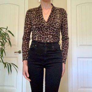 Kenneth Cole Tops - Leopard print v-neck top